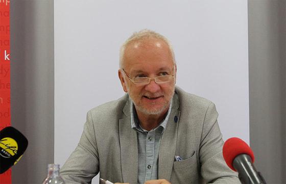 MR Dr. Wolfgang Ziegler