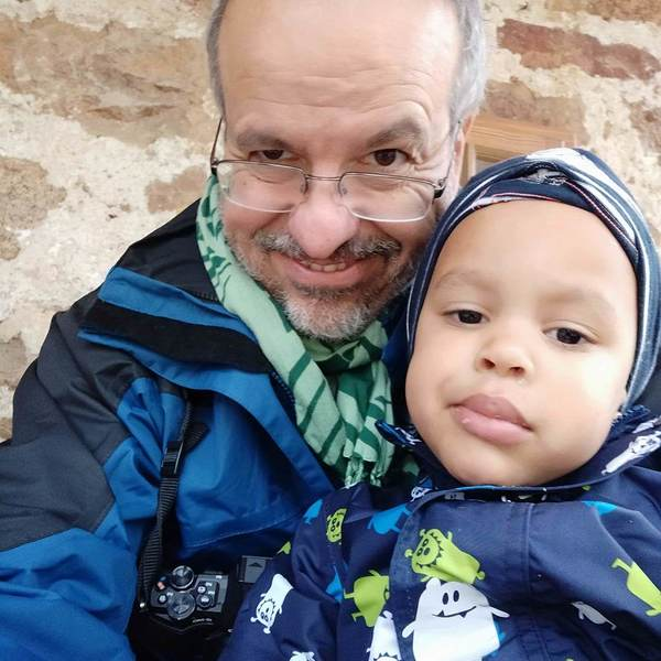 Großvater mit Enkelkind