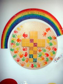 In der Aula unseres Pfarrcaritas-Kindergartens befindet sich ein ...