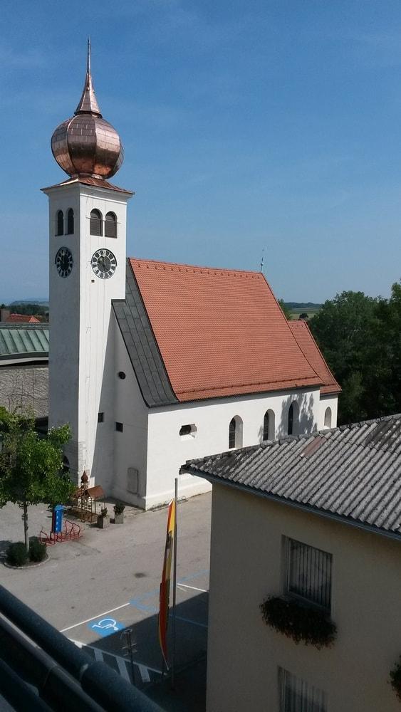 AG Gemeinschaft - HERBERGE NEUhofen